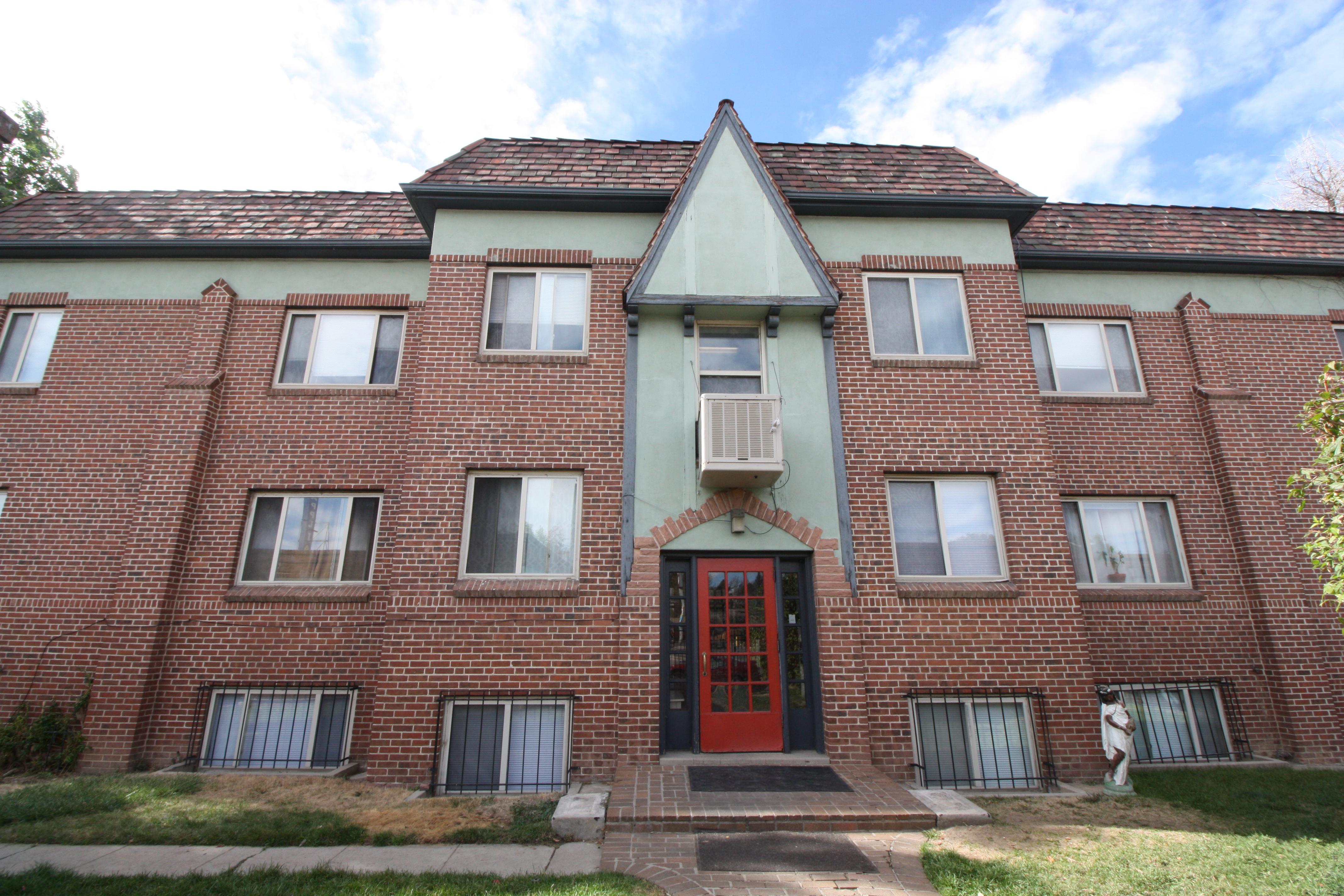 Colorado Boulevard 15-Unit Multifamily Sold
