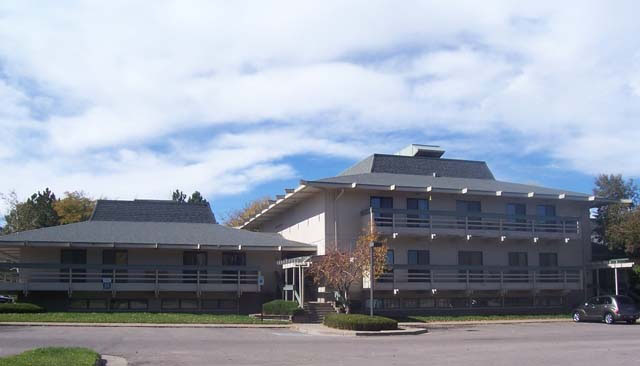 Pinnacle Real Estate Advisors_Multi Tenant Office_Lakewood