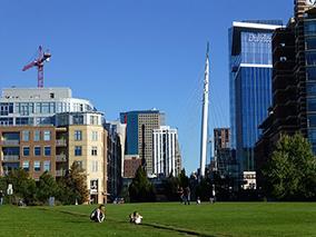 Denver_Millenium_Bridge_from_Commons_Park_West