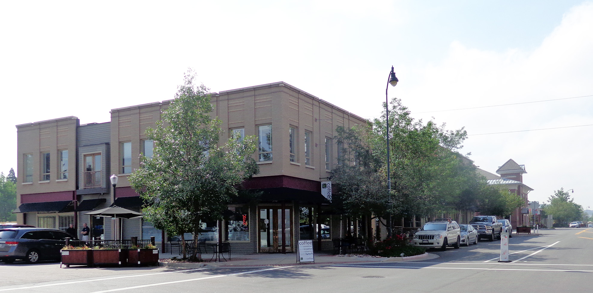 NavPoint Real Estate Group Castle Rock Mixed Use Building