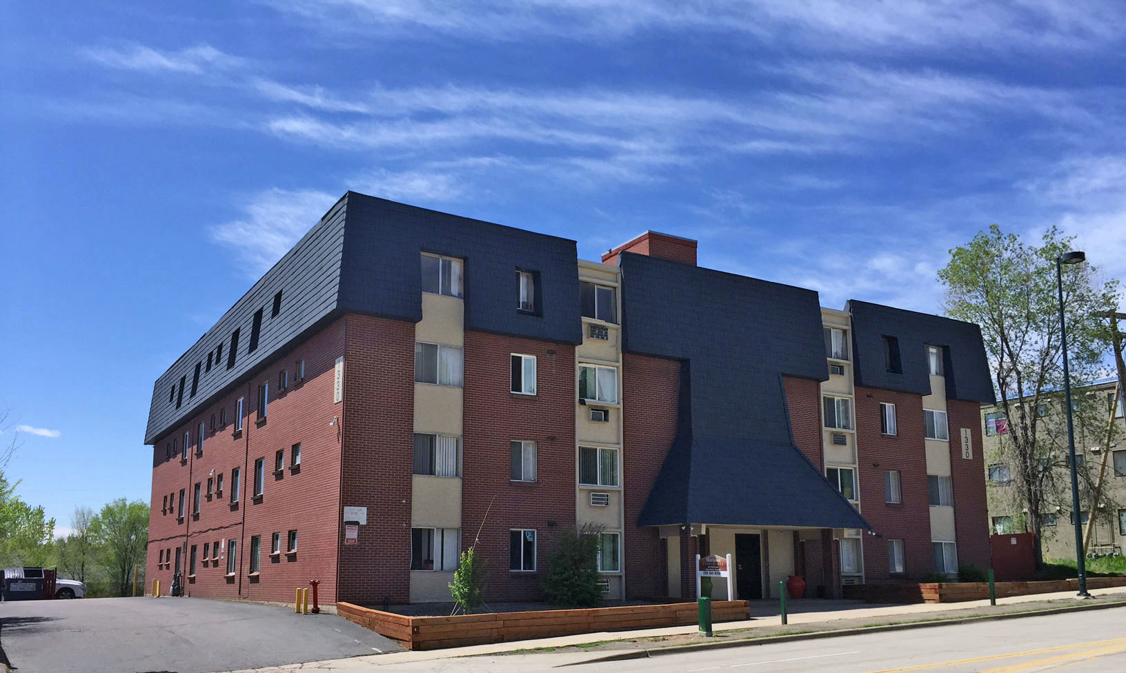 Pinnacle 42 unit multifamily_Denver CO_1330 W mississippi