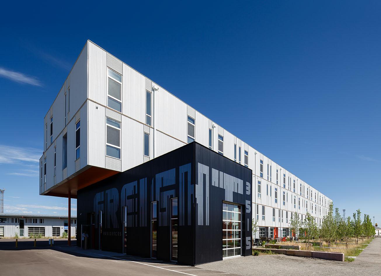 Dynia Architects_freightresidences_RiNo