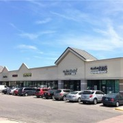 Marcus & Millichap Sells Shopping Center in Thornton for $2.3M