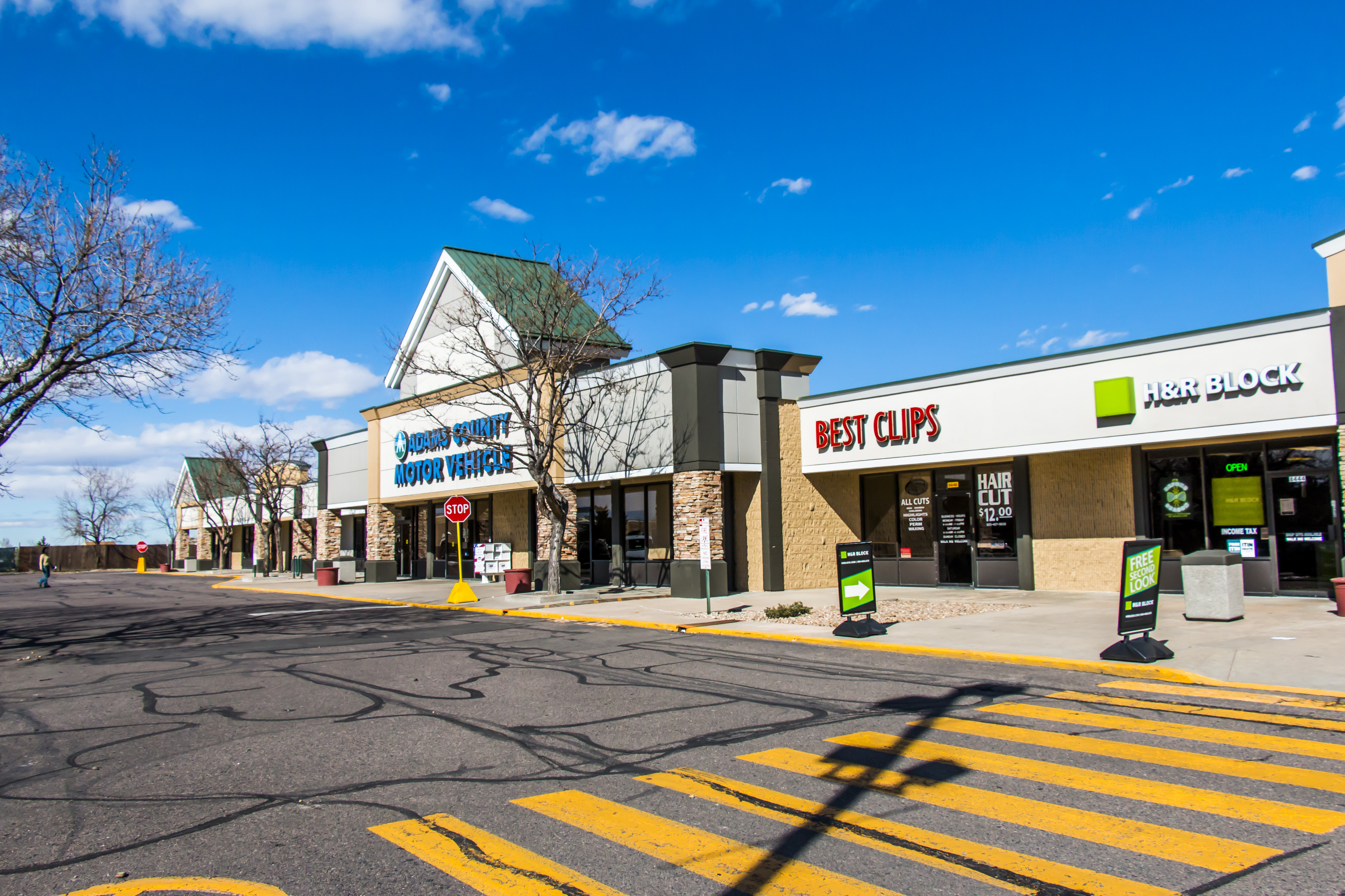 CBRE Completes $13M Sale of Largest Non-Grocery Anchored Shopping Center Sale YTD in Metro Denver