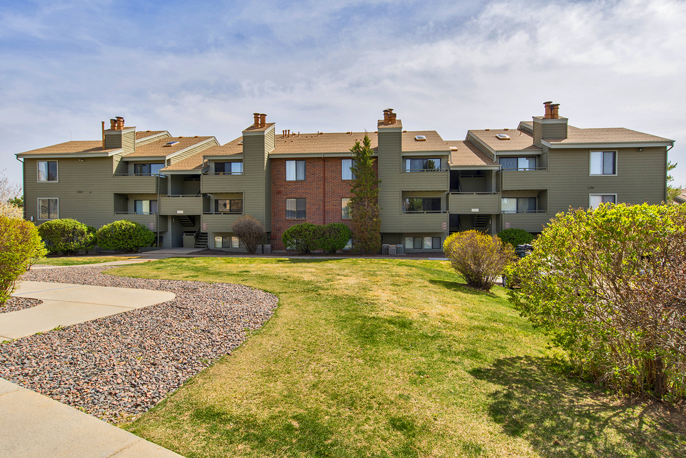 deer crest apartments in denver purchased by griffis blessing for