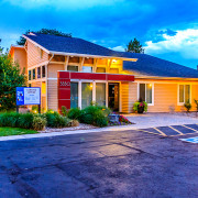 HFF Closes $38M sale & Arranges $31.4M Financing for 230-unit Multifamily in Denver
