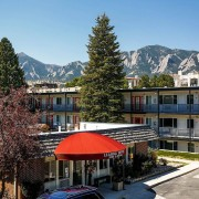 STUDIO Firms Complete Remodel of The Lodge, Multifamily in Boulder