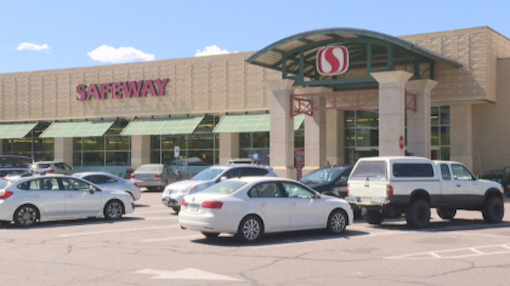 cherry-creek-safeway-6pkg_frame_133