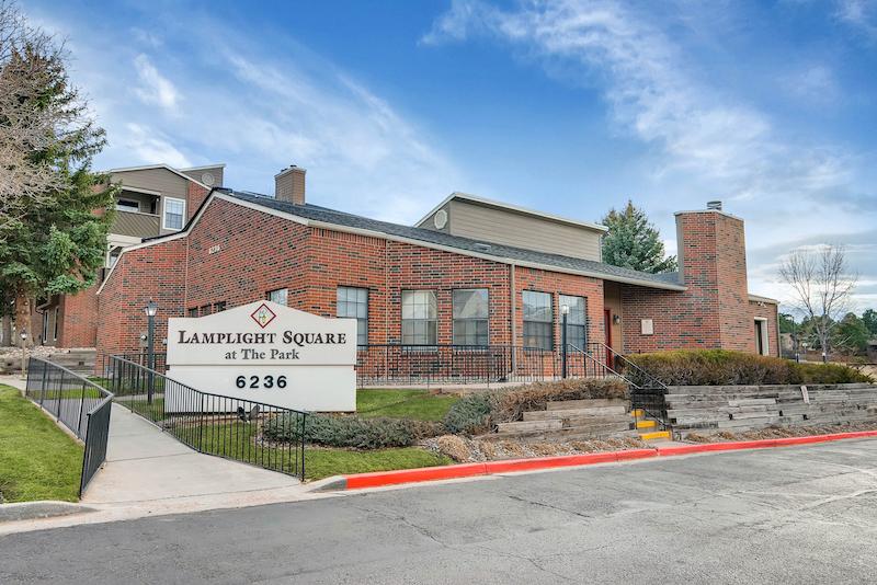 6236 Twin Oaks Drive Colorado-print-042-34-Clubhouse-2700x1802-300dpi-GRASS